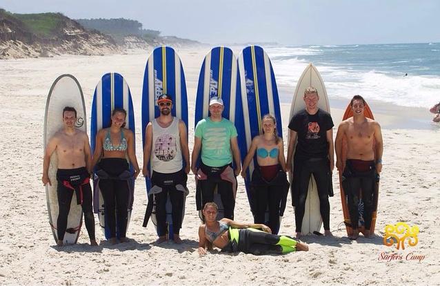 Surf school Porto Portugal, surf holidays in Esmoriz, surfers camp rental